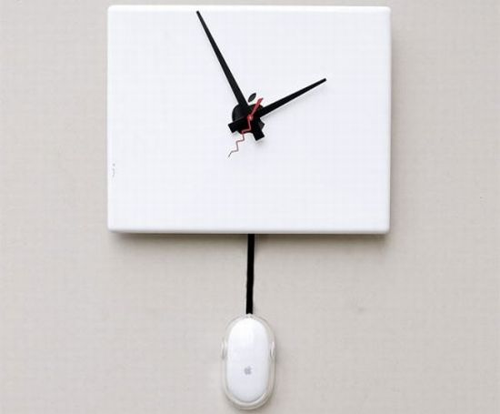 recycled apple ibook g4 clock