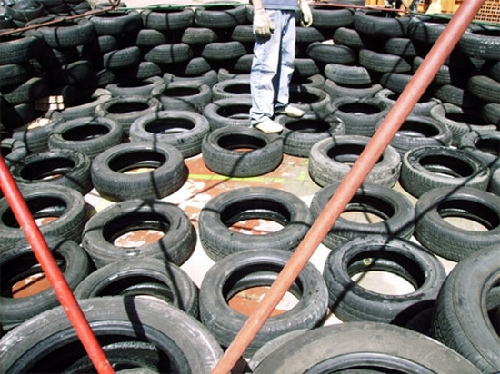 recycled tires home for haiti2