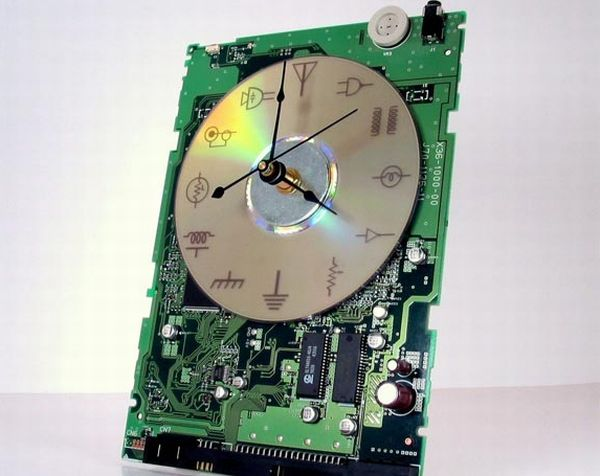 10 most bizarre crafts created from e waste green diary green rh greendiary com