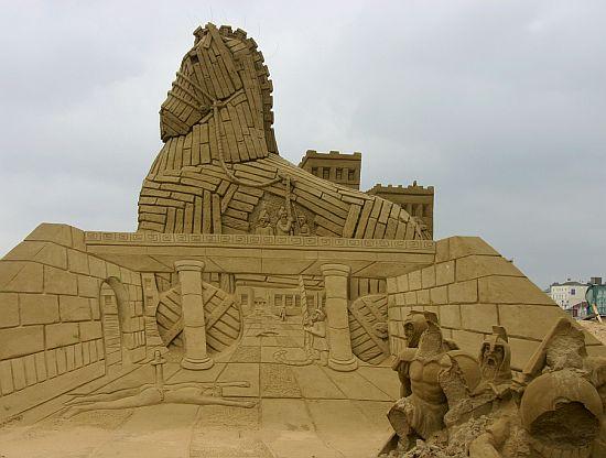 sand sculpture 19