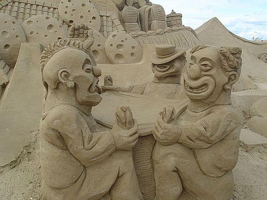 sand sculpture 25