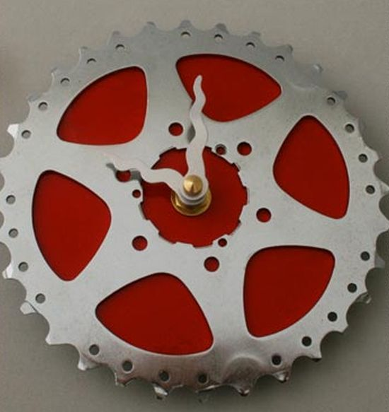 upcycled bike gear clock 1