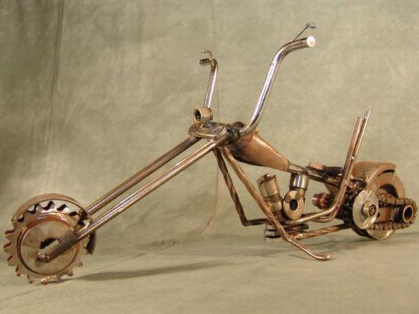 Weldit customs recycled metal junk sculptures