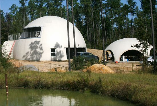 Inflatable Dome Home In Louisiana Embraces Energy