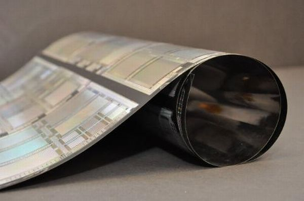 need to know about flexible e-paper