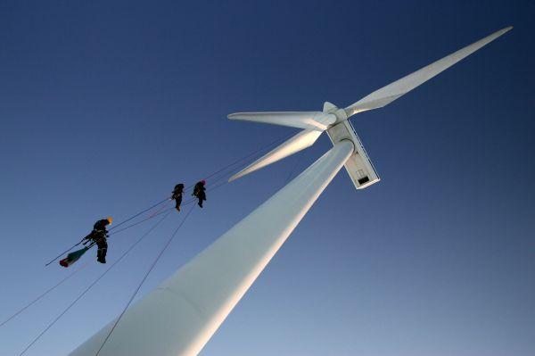 vestas_turbine_-_rope_access