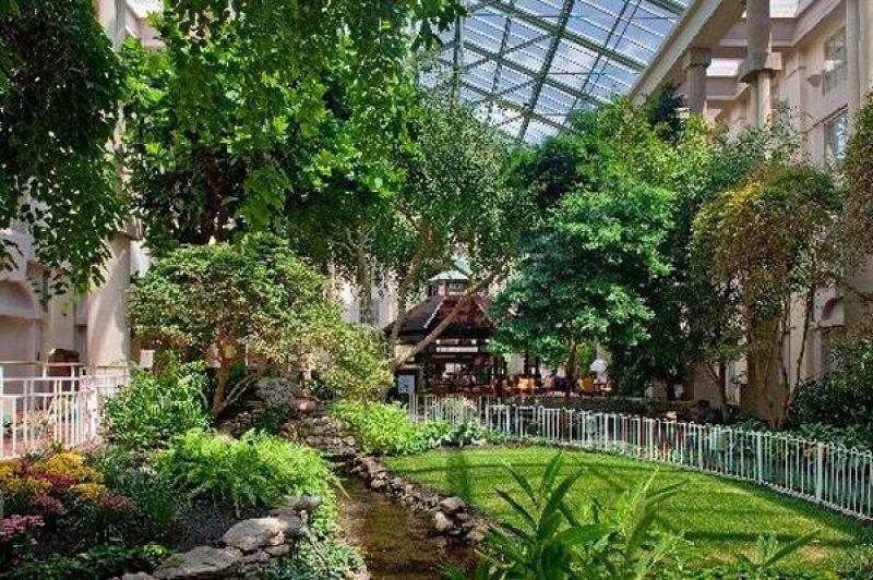 Atrium Gardens_1