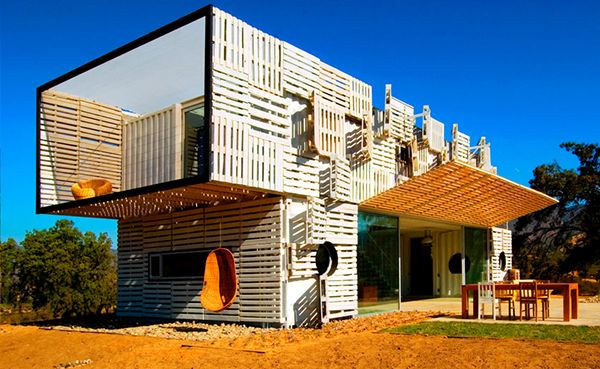 Wood-pallet house