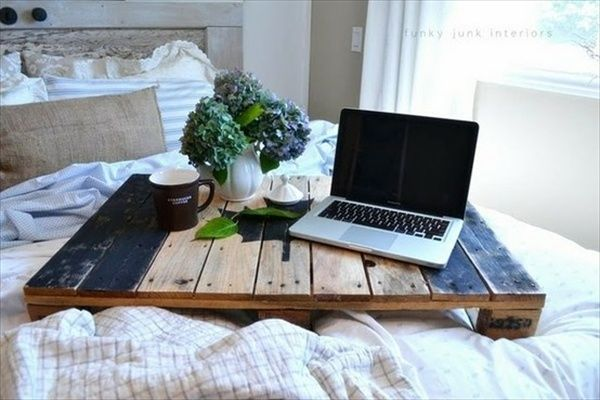 wooden pallets breakfast bed trays