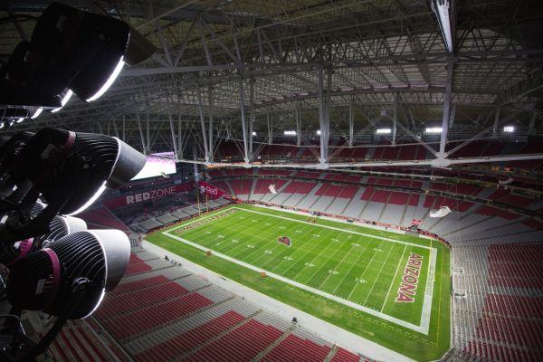 Super Bowl 2015 LED Green lighting (7)