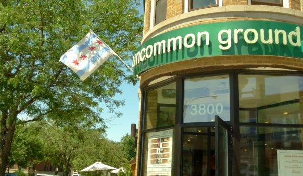 Uncommon Ground, Chicago