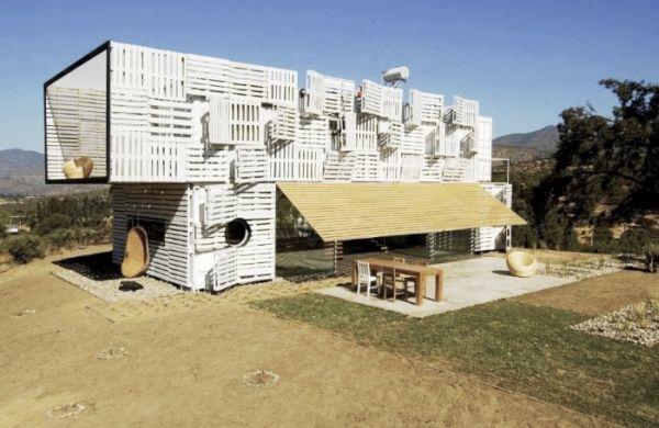 Infiniski Manifesto House