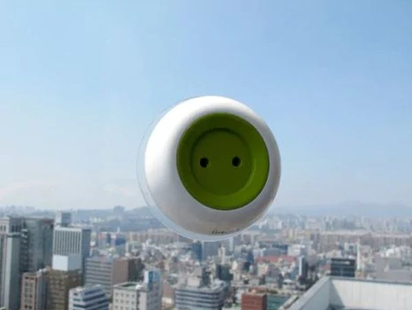 solar-window-outlet