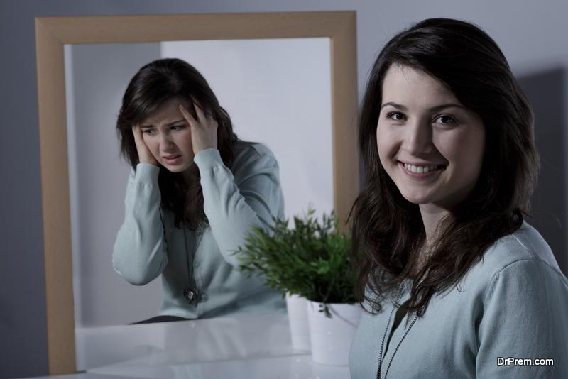 Bipolar Effective Disorder