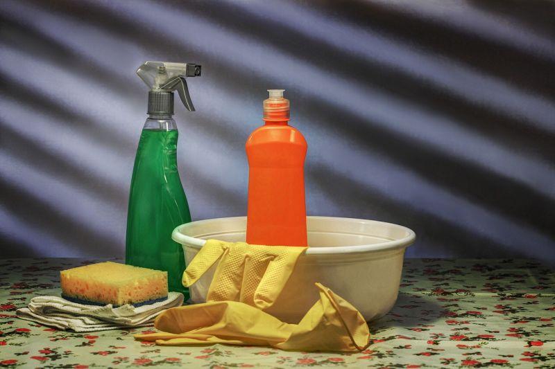 Disinfecting contaminated areas
