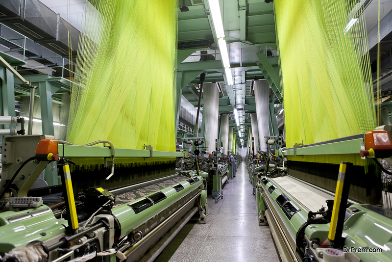Types-of-Fans-Applied-in-the-Textile-Industry