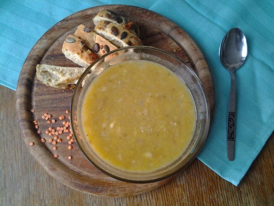 Linzen-aardappelsoep