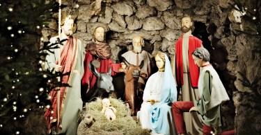Christmas Crib for Holidays (Canva)