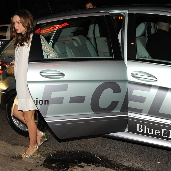 Mercedes benz b class hydrogen fuel cell car embraced by for Embrace by mercedes benz
