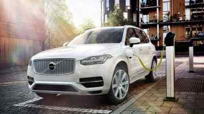 Volvo Commits to Sell One Million Electric Cars by 2025