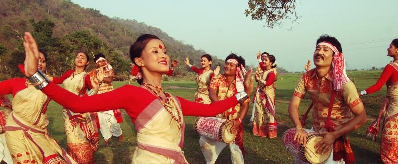Bihar Girl Wallpaper Bihu Festival Of Assam A Season Of Zest The Northeast