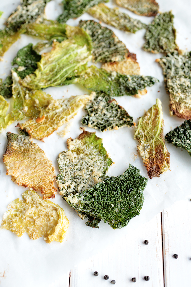 Cheesy Savoy Cabbage Chips