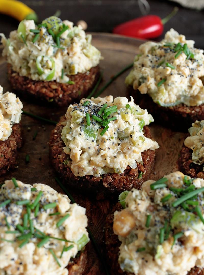 Smashed Chickpea Salad Bites • Green Evi