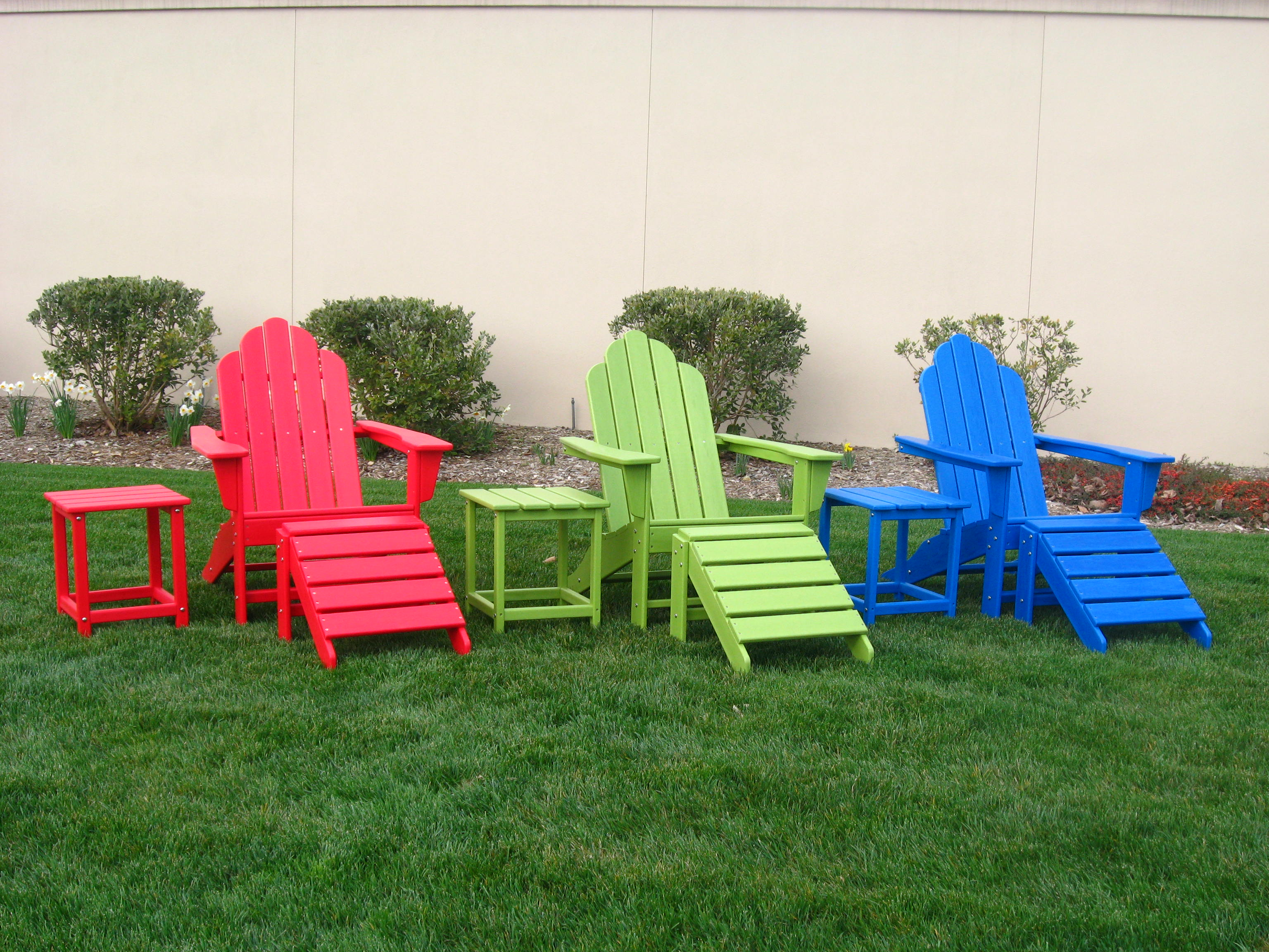 outdoorfurniture  Green Frogs Recycled Plastic Outdoor