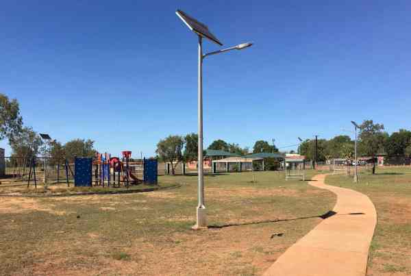 solar street and park lighting ngukurr NT