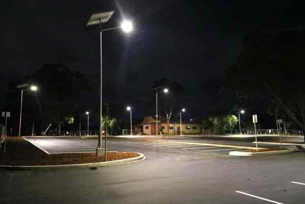 solar car park lighting