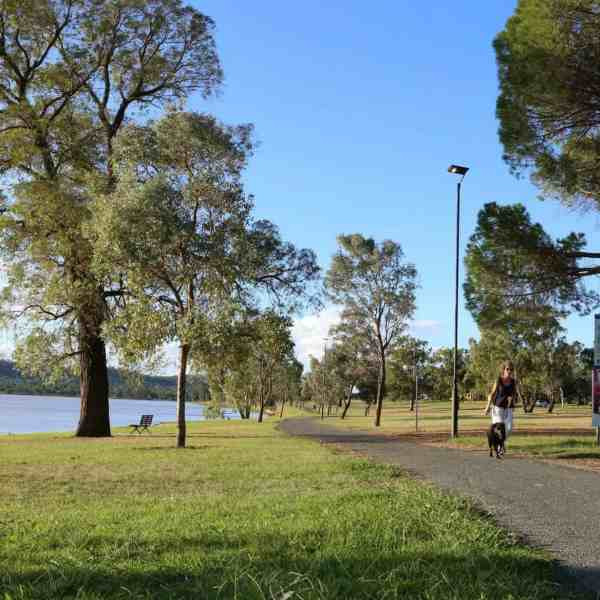 solar powered path lights Wagga Wagga NSW