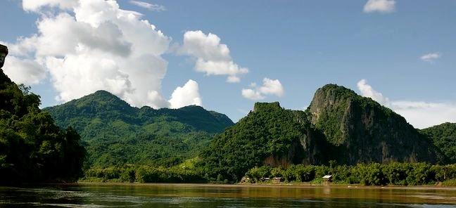 Mekong_River_(Luang_Prabang