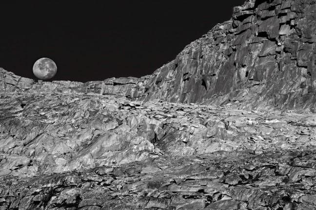 Ansel Adams Wilderness, Moonset, near Donohue Pass