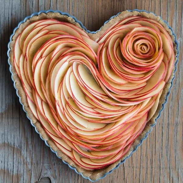 Valentine's Apple Rose Tart Apple Slices