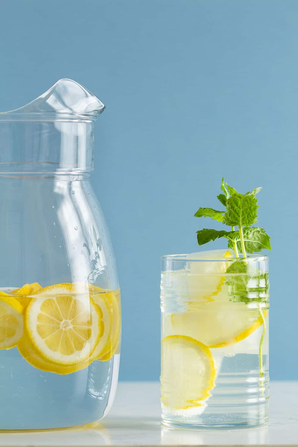 Infuse Water Lemon : infuse, water, lemon, Lemon, Infused, Water, Green, Healthy, Cooking