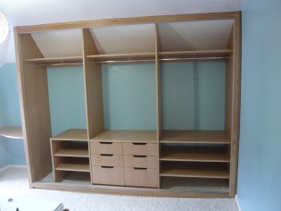 Varcoe wardrobe build-5