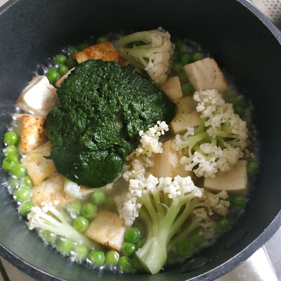 食譜:印式菠菜豆腐咖哩 – 源素手作 GreenIdeasHK