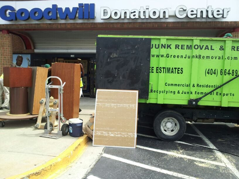 commercial junk removal in sandy springs