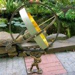 Large-Solid-Brass-Iron-Hercules-Sundial-Garden-Decor-0