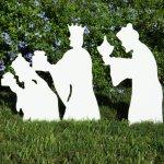 Teak-Isle-Christmas-Outdoor-3-Wise-Men-Nativity-Figures-0