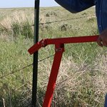 RanchEx-102567-T-Post-Puller-for-Removal-of-Studded-T-Posts-One-Person-Operation-Red-0-0