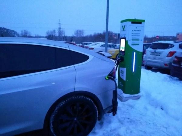 Tesla Model X CHAdeMO