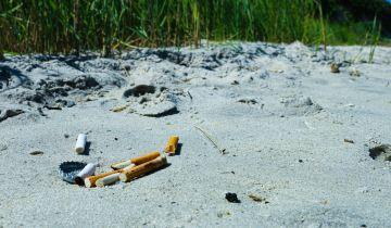 Τα αποτσίγαρα συγκεντρώνουν το υψηλότερο ποσοστό εμφάνισης στις ελληνικές παραλίες ως απορρίμματα
