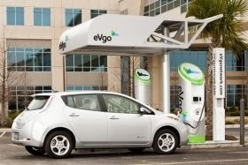 Texans benefit from free charging with Nissan LEAF
