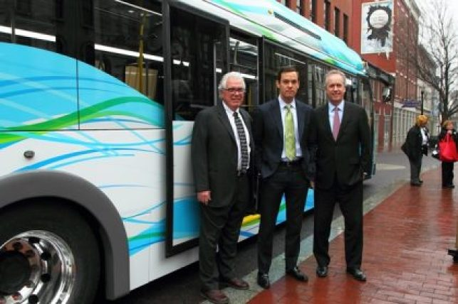 Zerobus all electric buses, Mayor Greg Fischer joined TARC and other local officials today at the Louisville Slugger Museum to kick off the start of ZeroBus service in downtown Louisville.
