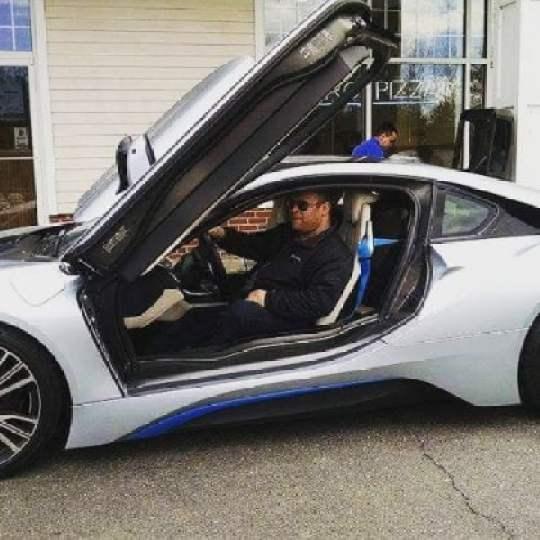 Seth Leitman in the BMW i8 plugin hybrid