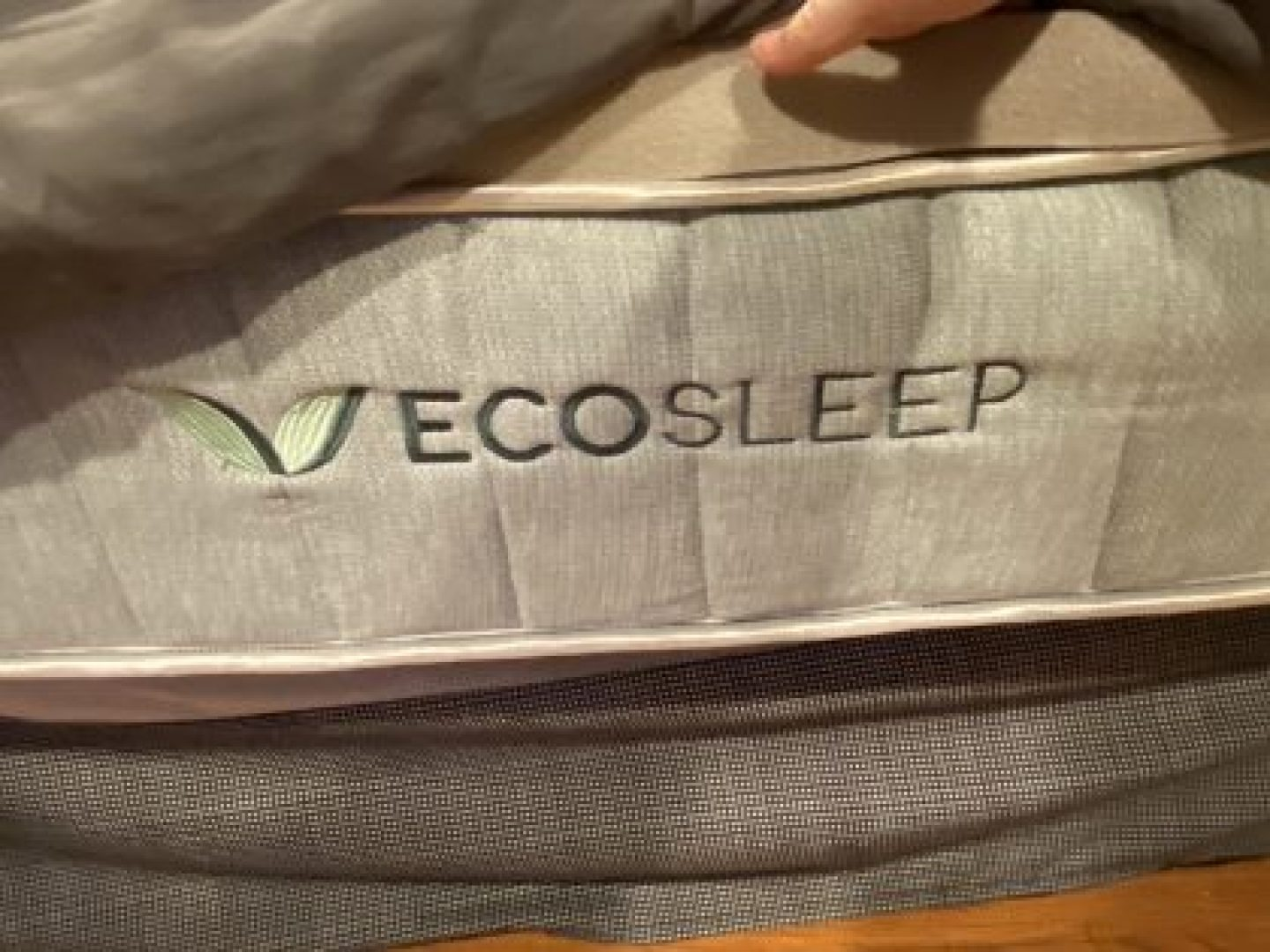 Also can we say Shout out to my sponsors EcoSleep. 100% organic latex and cotton mattress.