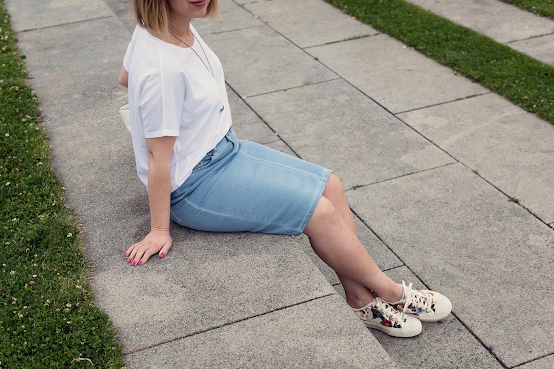 greenlooksgreat-veja_sneakers-outfit