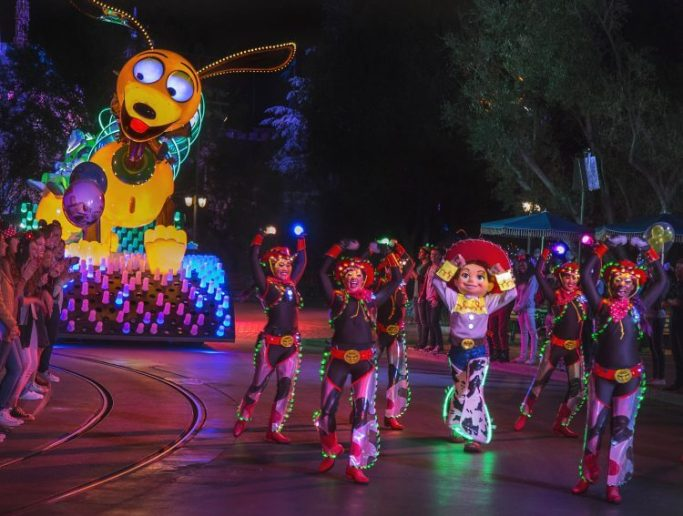 Paint the Night Parade | Paul Hiffmeyer