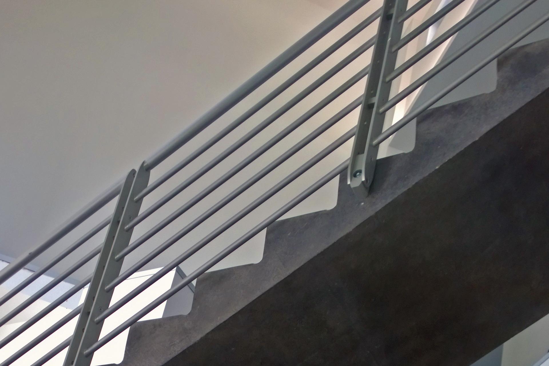 railing_staircase
